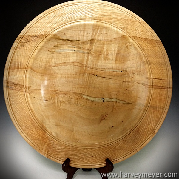 Ambrosia Maple Platter with Textured Rim